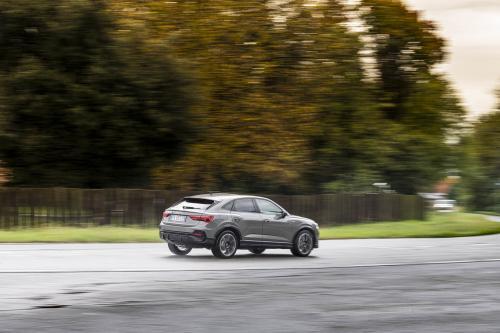 Automobilismo_Audi_Q3_134_psweb