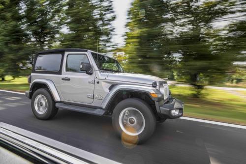 Automobilismo_Jeep_wrangler_375_ps_web