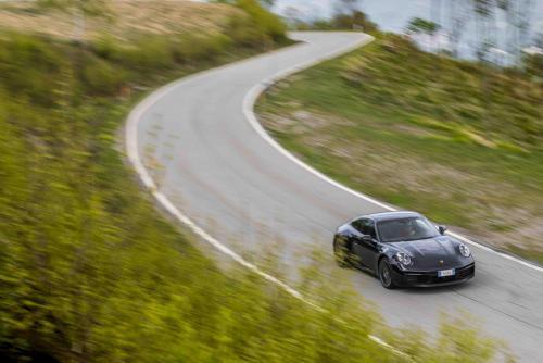 Automobilismo_Porsche911_0263_ps_web