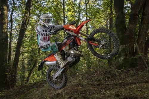 Motociclismo_Fuoristradacomparativa_3 enduro_287_ps_web