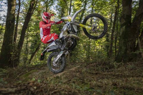 Motociclismo_Fuoristradacomparativa_3 enduro_288_ps_web