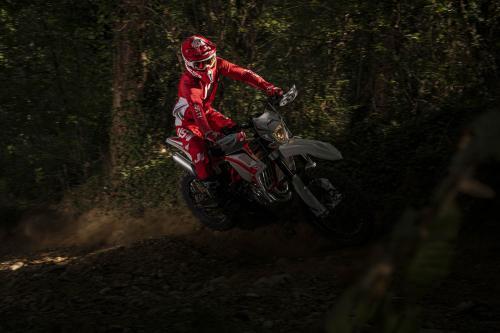 Motociclismo_Fuoristradacomparativa_3 enduro_306_ps_web