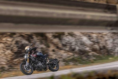 Motociclismo_compara Indian vs Triumph_0143_ps_web