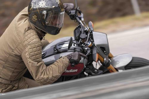 Motociclismo_compara Indian vs Triumph_0594_ps_web